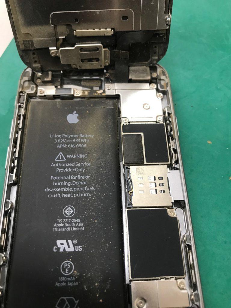 液晶パネル交換  バッテリー交換