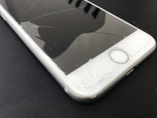 【iPhone7画面割れ】複数店舗で検討してモバイル修理.jp 伊勢崎本店へ