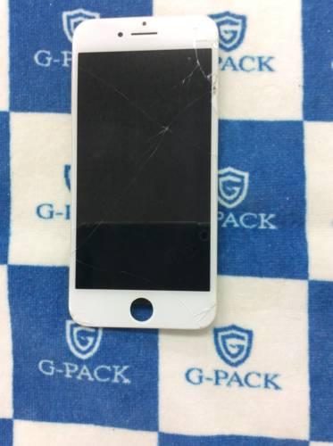 リピーター様よりiPhone8 画面修理