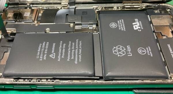 iPhoneXはバッテリーが膨張しやすい